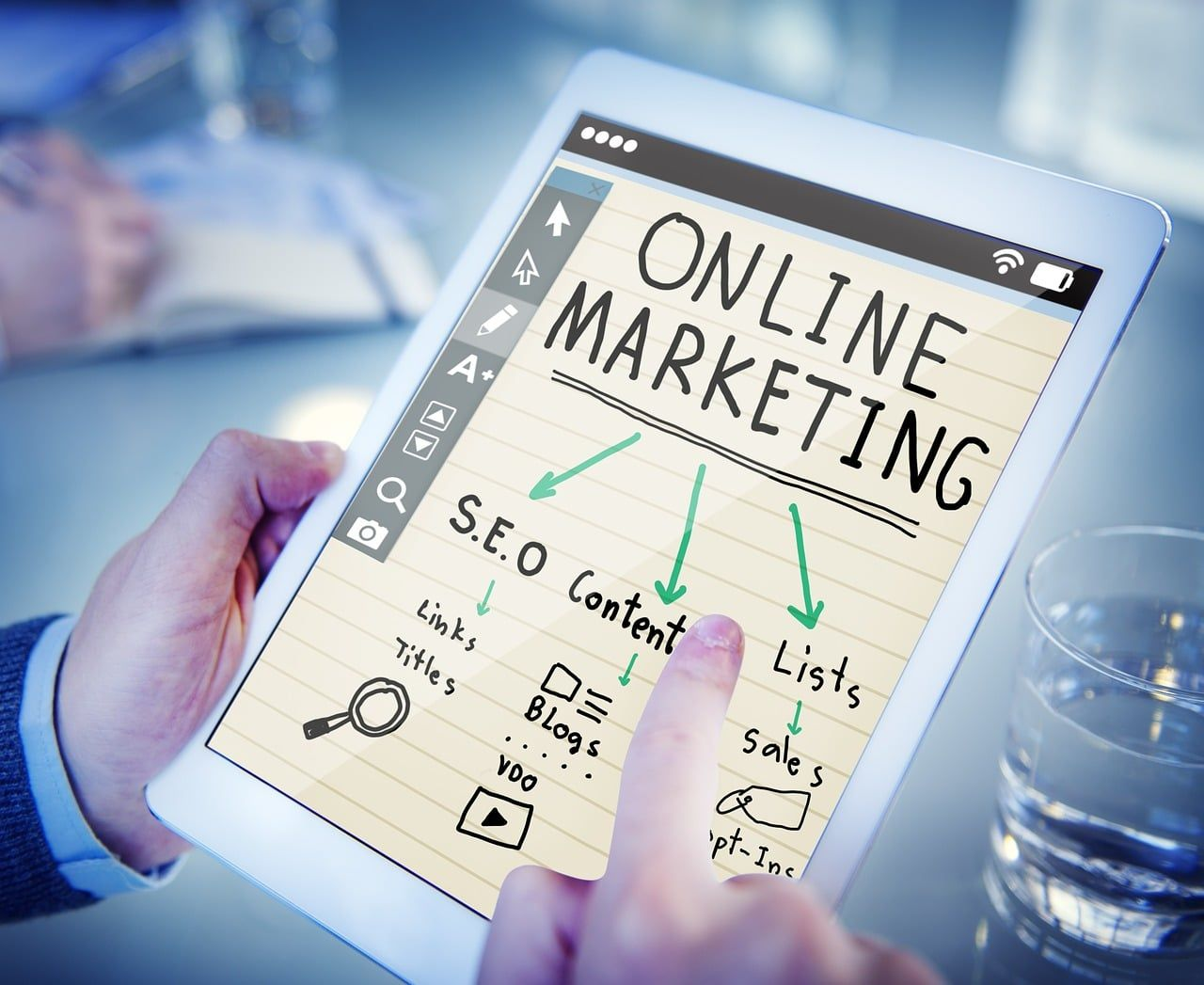 ¿Cuáles son las funciones del marketing digital?